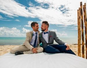 gay casados.jpg
